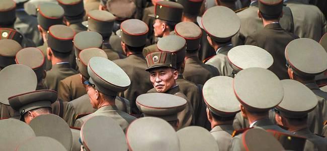 한국일보 29일자 1면 사진.